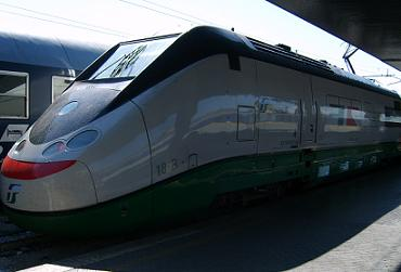 highspeed train venice santa lucia station