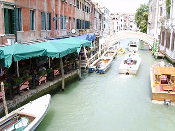 restaurant along the canal in Venice