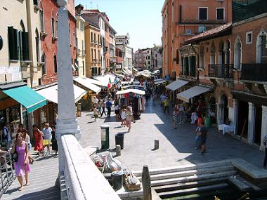 venice shopping in the historic centre