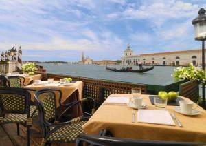 Best Restaurants In Venice With Michelin Stars And In 5 Star Hotels