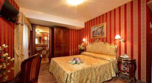 hotel room Antico Panada Venice